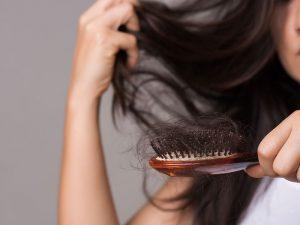 Como controlar a queda de cabelo?